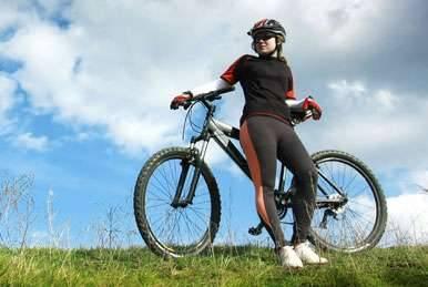 Cyklistické výlety v okolí Máchova jezera nedaleko chatové osady Čtyřlístek